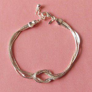 Avon Classy Bracelet